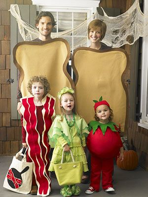 Girls tomato costume in Family BLT with Tomato Dirt