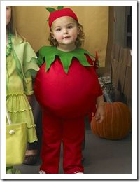 Kids tomato costume with Tomato Dirt
